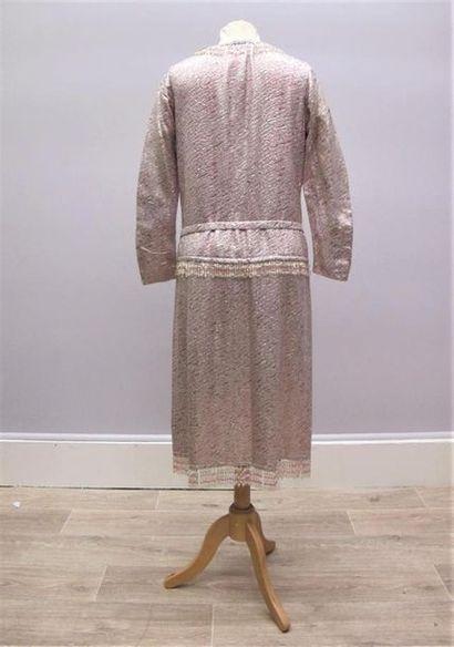 CHANEL Haute Couture circa 1965, Creation Gabrielle Chanel. Straight evening dress...