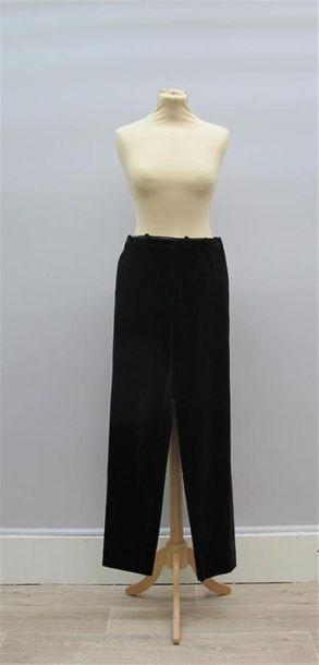 HERMES Paris Pantalon noir en velours de...