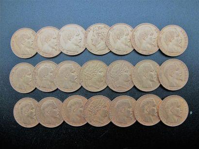 FRANCE. 17 pièces de 20 francs or, Napoléon...