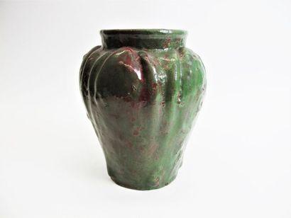 WOLF Jules (attribué à) Vase pansu à corps...