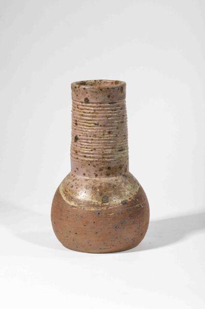 IVANOFF Vassil (1897-1973) Vase bulbe en...