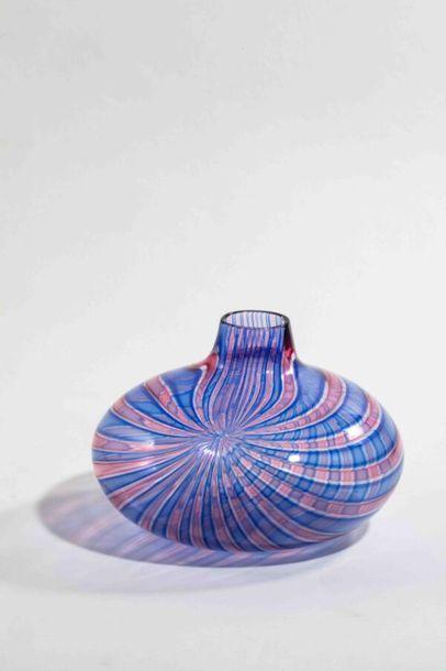 TAGLIAPIETRA Lino- Murano Vase en verre soufflé...
