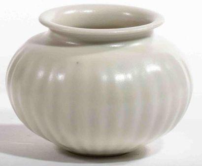 GROUITCH Leïlah (née en 1945) Vase pansu...