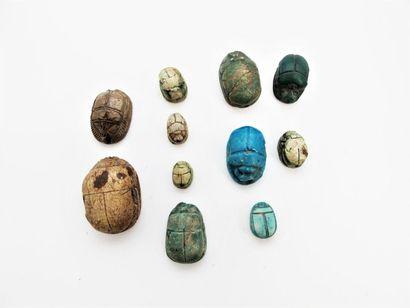 MOYEN-ORIENT ET EGYPTE Onze scarabées en...