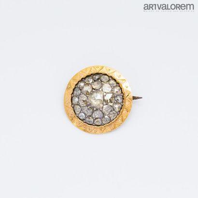 Broche ronde ancienne en or jaune 750°/°°...