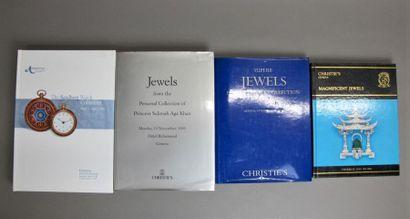 Lot de quatre catalogues de ventes aux enchères...