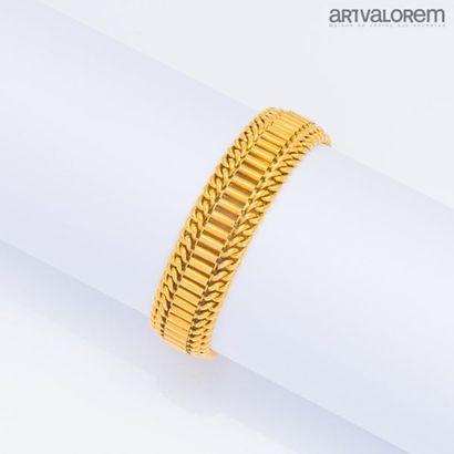 Bracelet en or jaune 750°/°° à maille fantaisie,...