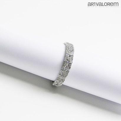 Bracelet ruban articulé en or gris 750°/°°...