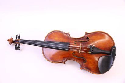 Beau violon italien de Bologne portant l'étiquette...