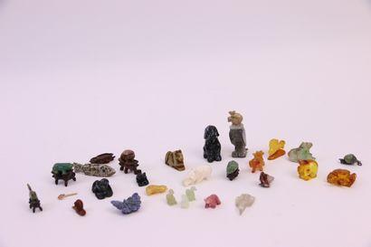 Vingt-six animaux miniature: poissons, cochon,...