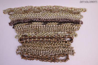 Colliers en Coquillages  Plus de 25 colliers...