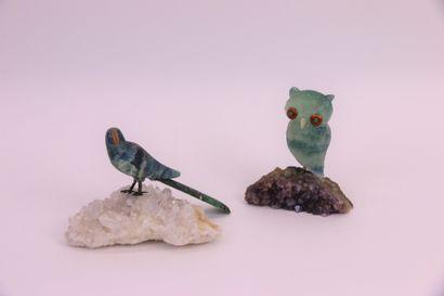 Deux animaux en fluorite représentant un...