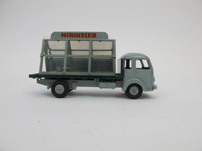 Dinky toys France SIMCA cargo miroitier référence...