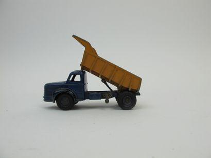 Dinky Toys France lot de 3 miniatures au...