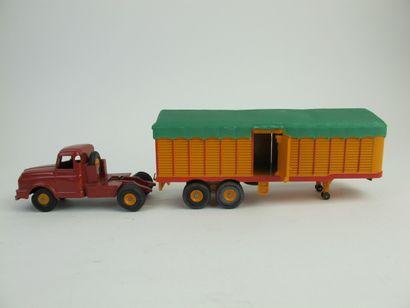 Lot de 2 Dinky supertoys donc tracteur Willeme...
