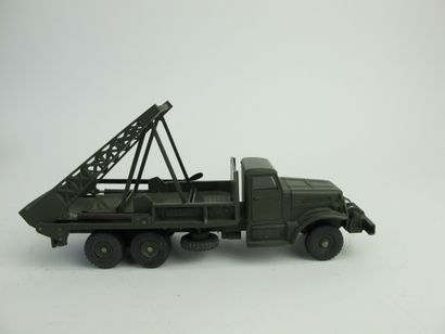 Dinky supertoys camion militaire brockway...