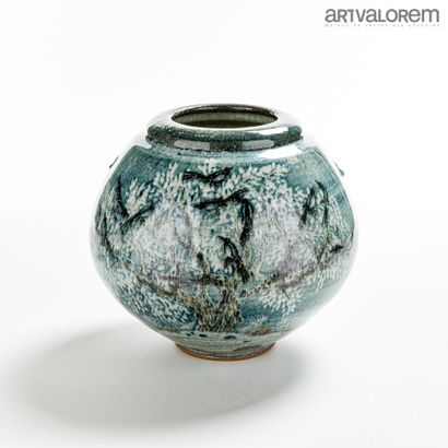 DEBIEN François (né en 1959)  Vase boule...