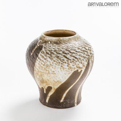 LUCIEN ARNAUD (XXe)  Vase monté en lampe...