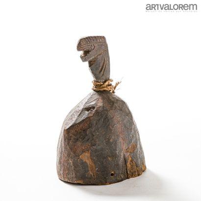 Masque casque KORO (Nigéria) à décor d'un...