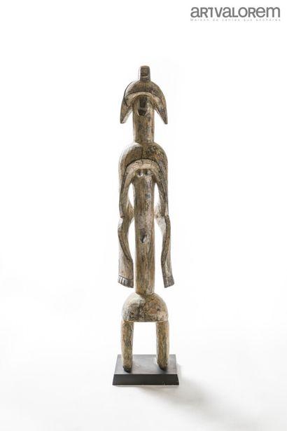 Statue en bois de style MUMUYE des années...