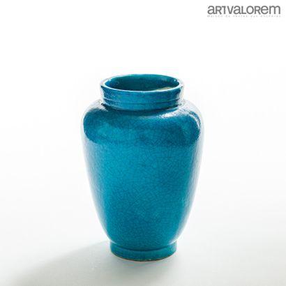 EDMOND LACHENAL (1855-1948)  Vase ovoïde...
