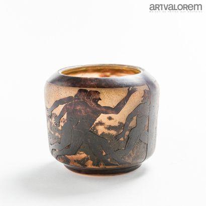 Georges DE FEURE (1868-1943)  Vase en pâte...