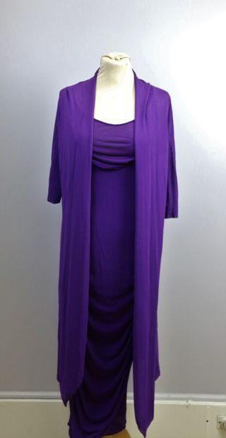 BLUMARINE  Robe longue, fond de robe et manteau...