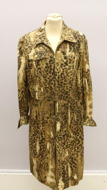 CHRISTIAN DIOR  Robe-manteau en coton mélangé...