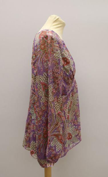 Lot de deux blouses  APOSTROPHE  Blouse en soie à motifs floral violet  Taille 42...