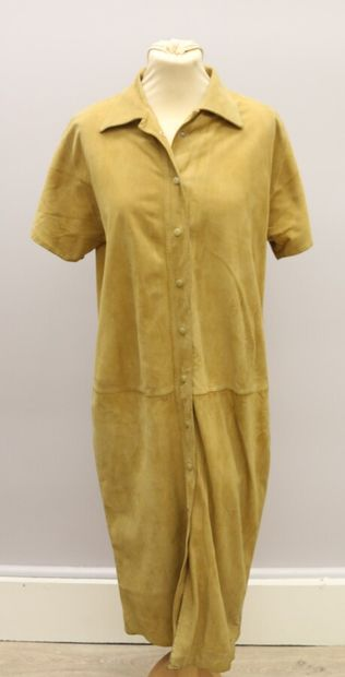 YVES SAINT LAURENT  Robe chemise longue en...