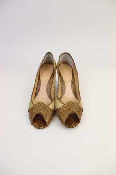 SERGIO ROSSI  Paire de chaussures à talon...