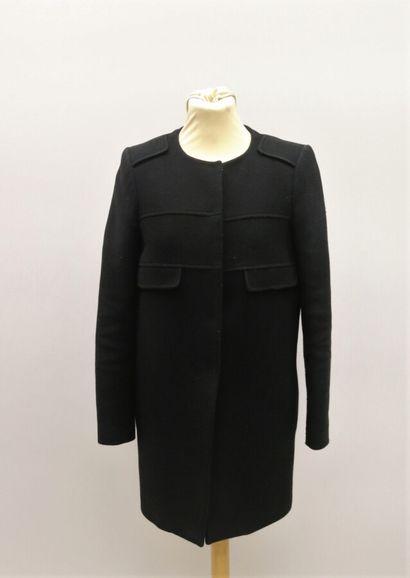 TARA JARMON  Manteau en laine mélangée noire....
