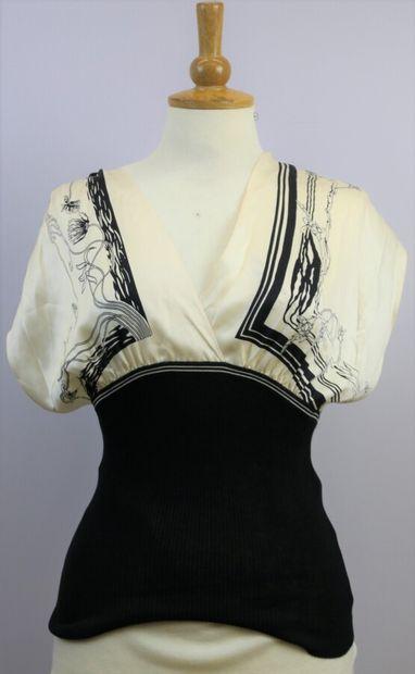 HERMES  Top en soie et coton blanc et noir...