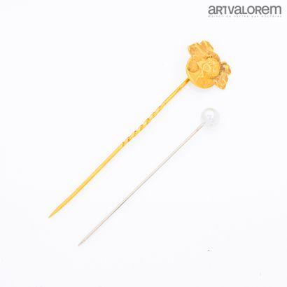 Epingle de cravate en or jaune 750°/°° ,...