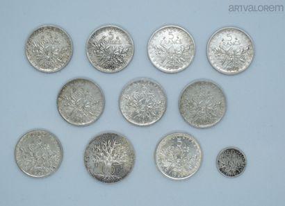 France, 9 pièces en argent de 5 francs Semeuse...