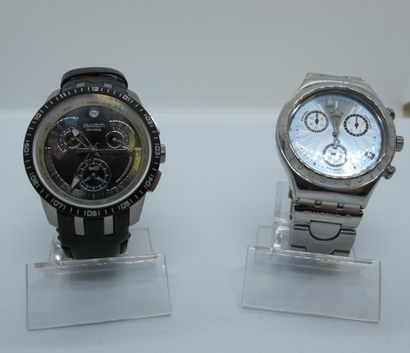 SWATCH  Deux montres chrono cadran métal...