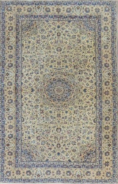 Grand et fin Nain Habibian (Iran) en laine...