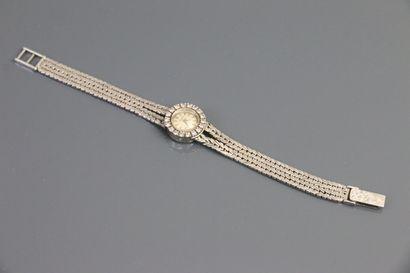 CHILEA  Montre bracelet de dame en or gris...