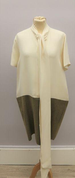 CELINE  Robe soie beige et lainage beige...