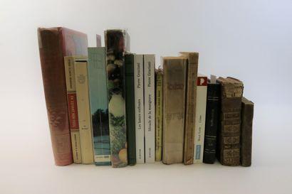 Lot d'une quinzaine de livres divers : cuisine,...