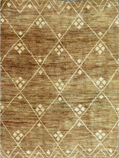 Grand tapis marocain (Afrique du Nord, Afrique...