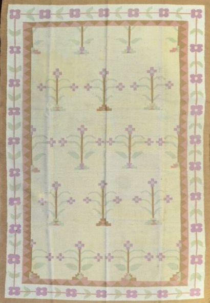 Grand Kilim Dhurris indien vers 1970.  Travail à l'aiguille, technique de la tapisserie,...