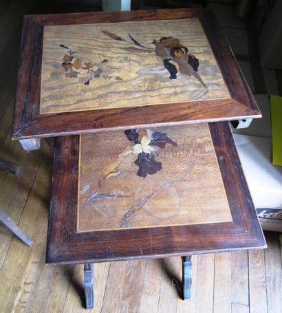 Tables en marquèterie de style Gallé