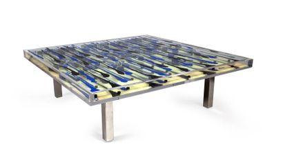 ARMAN Fernandez (1928-2005). Table Mali, circa 1998-1999. Table formée d'une base...