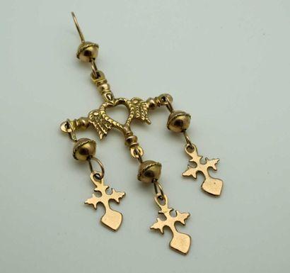 Pendentif croix en or jaune 375°/oo (9 k),...