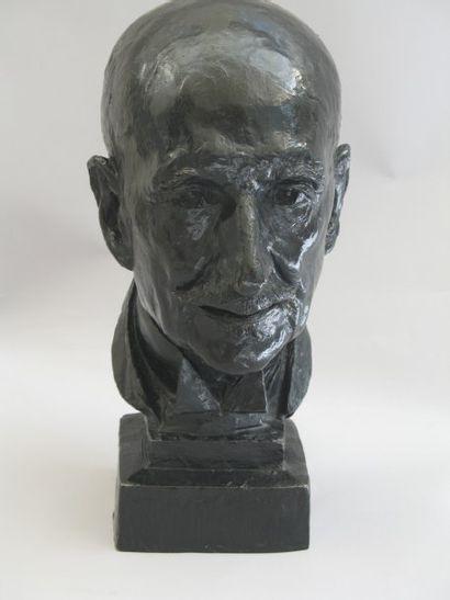 BENNETEAU.(XXe) François Mauriac Bronze Signé, cachet du fondeur Valsuani