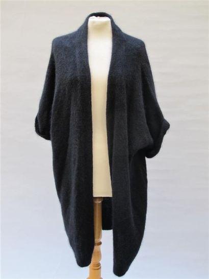 CARVEN. Cardigan long noir en mohair et laine,...
