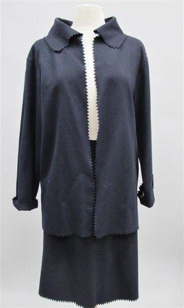 VALENTINO MISS V. Tailleur jupe en laine...