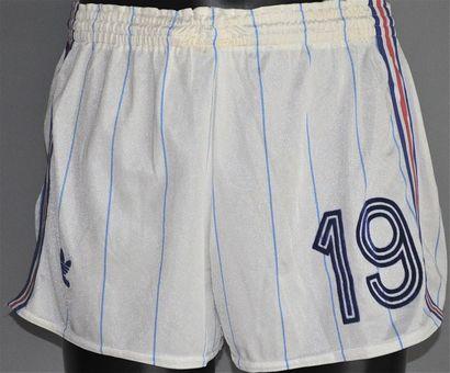 Didier SIX n°19. Short de l'équipe de France...