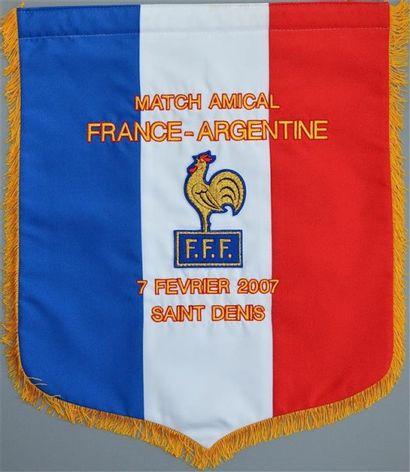 Fanion brodé officiel de l'équipe de France....